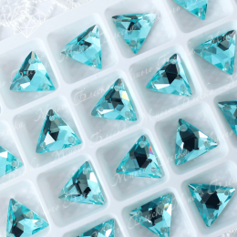 "Треугольник-мозаика ""Аквамарин ультра"" 12мм SWA crystalls"