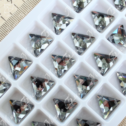 "Треугольник-мозаика ""Блэк даймонд"" 12мм SWA crystalls"