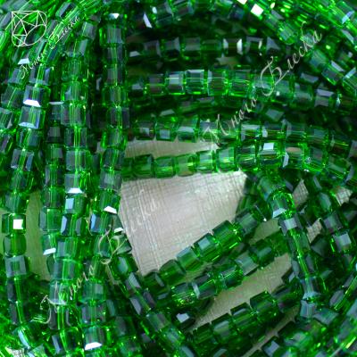 Бусины кубики 4мм Изумруд 10шт, стекло
