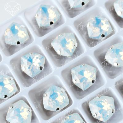 """Стразы в цапах Триллиант """"Белый опал"""" 12мм SGA crystalls"""