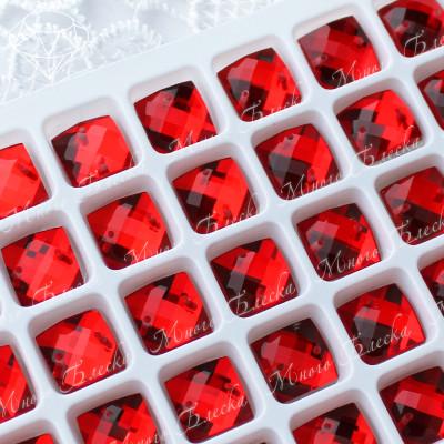 "Квадрат-шахматка ""Сиам лайт"" 10мм SGA crystalls"