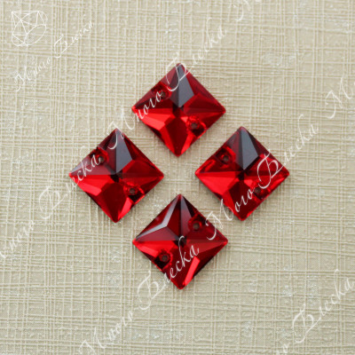 "Квадрат ""Сиам лайт"" 10-16мм SGA crystalls"
