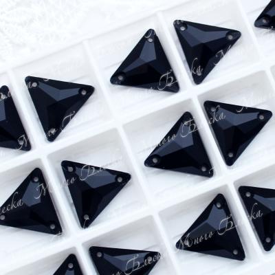 """Треугольник """"Блэк джет"""" 16мм SGA crystalls"""